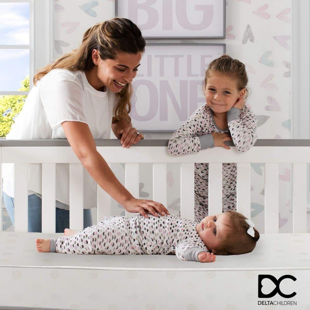 Delta Children Twinkle Stars Fiber Core Crib