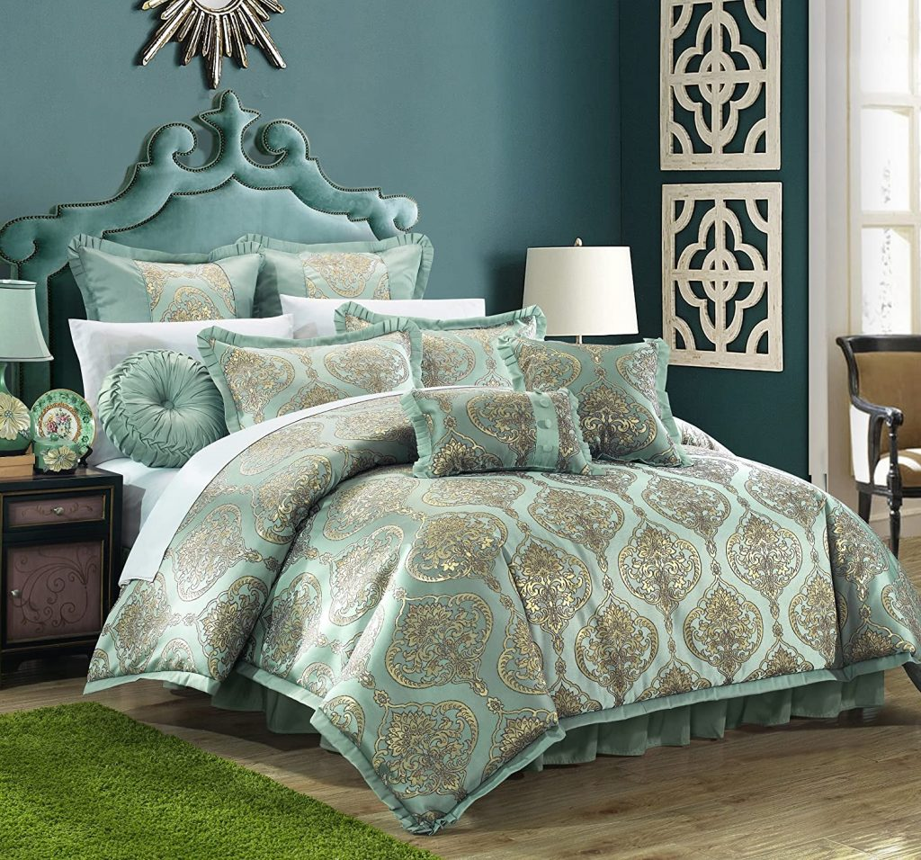 Chic Home 9 Piece Como Decorator Upholstery Quality Jacquard Motif Fabric Bedroom Comforter Set & Pillows Ensemble