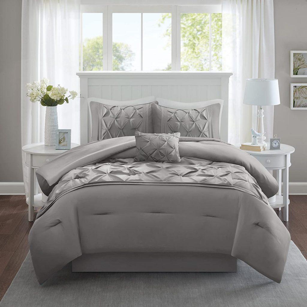 Comfort Spaces Cavoy Microfiber Tufted Pattern Comforter Set