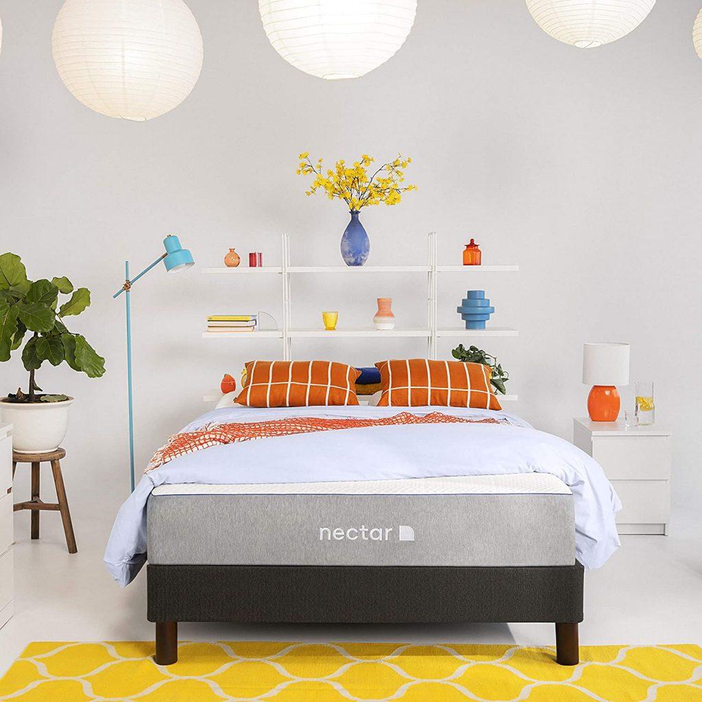 Nectar Queen Mattress + 2 Pillows Included - Gel Memory Foam Mattress