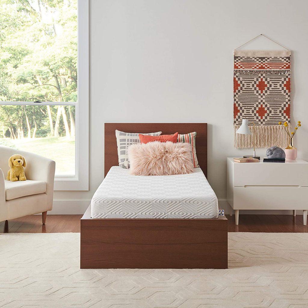 Sealy 8-Inch Memory Foam Bed