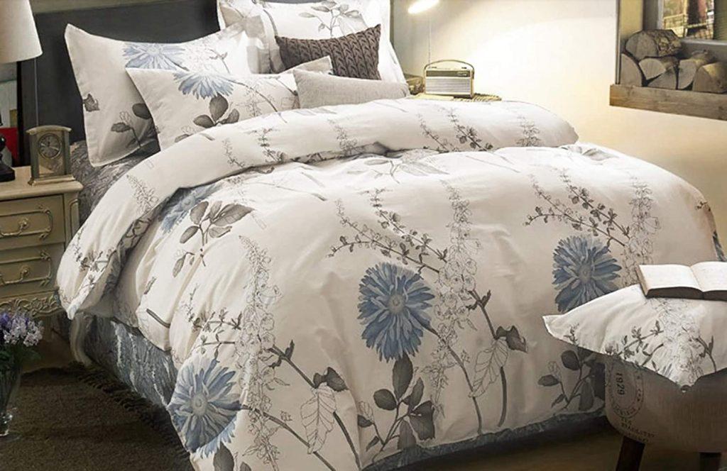 Wake In Cloud - Floral Comforter Set