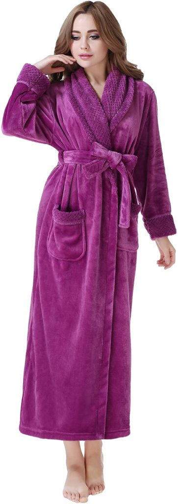 Richie House Plush Fleece Bathrobe
